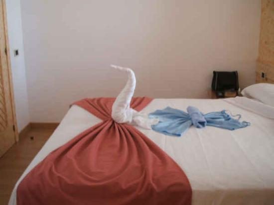 KN Matas Blancas : Our very large comfortable bed!