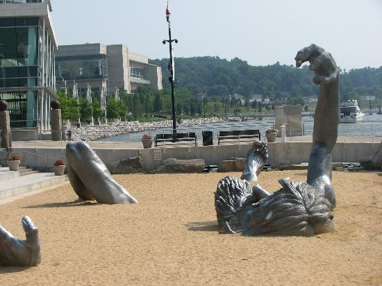 Great Little Beach With An Monument To Climb On Picture Of Residence Inn By Marriott National Harbor Washington Dc Area
