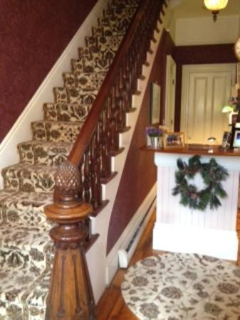 Inn On Carleton: staircase