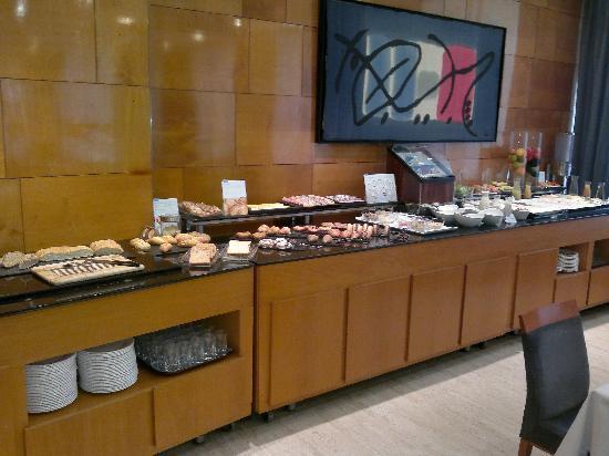 NH Castellon Mindoro: un desayuno muy completo