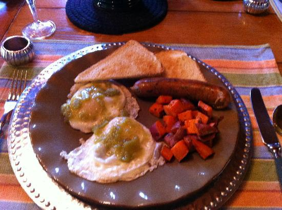 Rocky Mountain Lodge & Cabins: Gourmet Breakfast