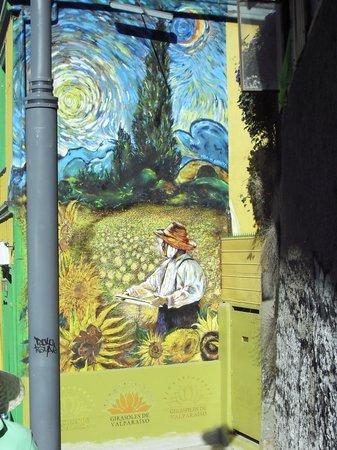 Hostal Girasoles: The mural outside the hostel