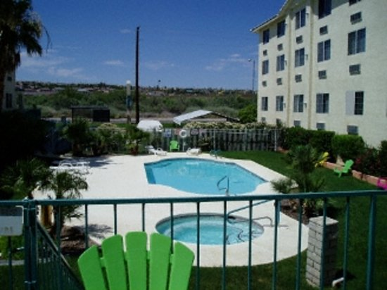 Photo of Bayshore Suites Laughlin