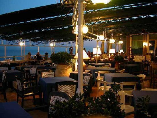 terrazza ristorante livorno - Picture of Il Romito, Livorno ...