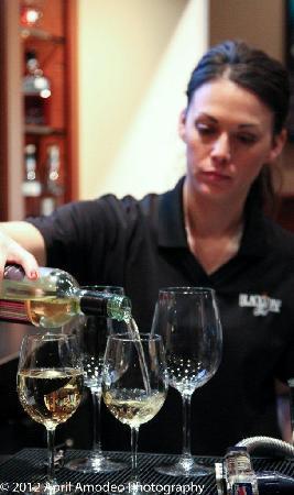 Blackstone Grill: Robin on Wednesday Wine Night