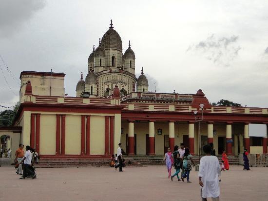 Dakshineswar Kali Temple: Dakshineshwar Kali Temple