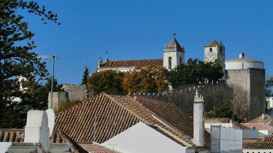 Casa Beleza do Sul : View from the terrace towards Tavira historical center