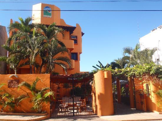 Villas Miramar: Ocean view main entrance