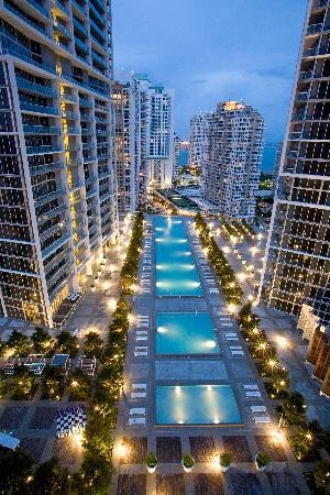 Viceroy Miami: The Pool
