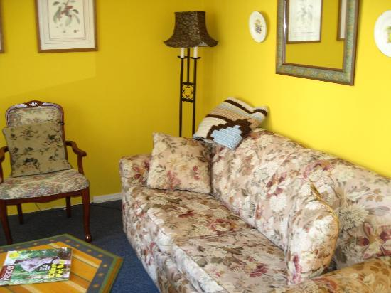 Carole's Bed & Breakfast Inn: Great for Reading
