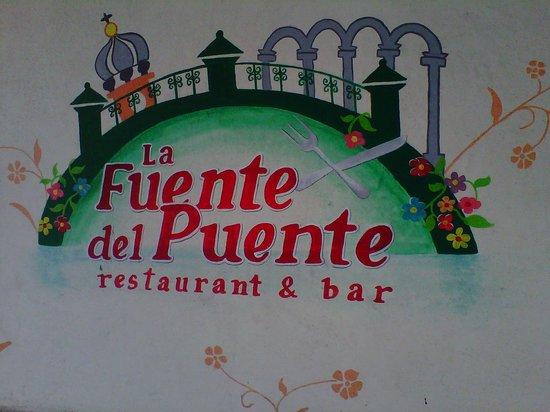 La Fuente Del Puente: Painted sign