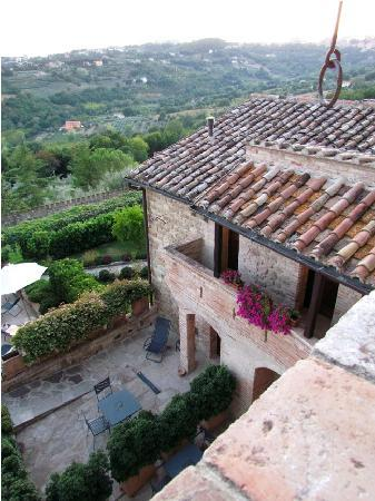 Castello di Monterone : another view from our window