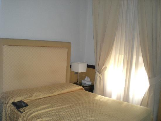 Bellesuite Rome: bed