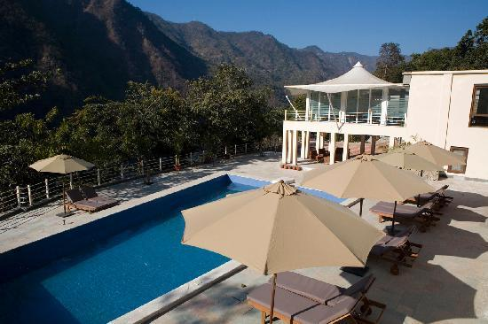 Atali: Pool & Conference room