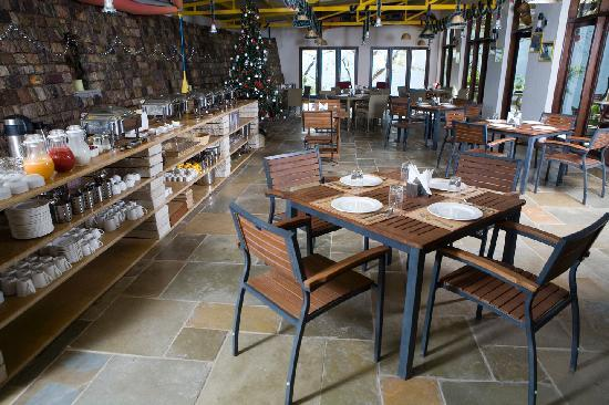 Atali: White Water Cafe