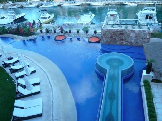 Aventuras Club: The pool at Club Aventuras in Puerto Aventuras
