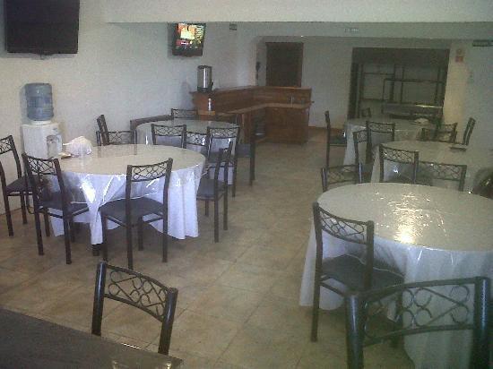 Hotel Monte Cervino: desayunar-comedor