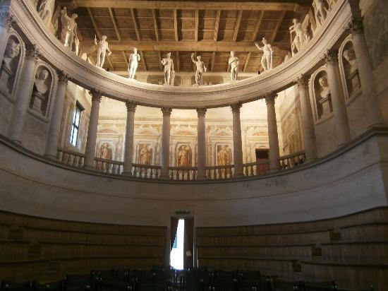 Hotel Giulia Gonzaga: Teatro all'Antica - Vincenzo Scamozzi - 1590 - Sabbioneta