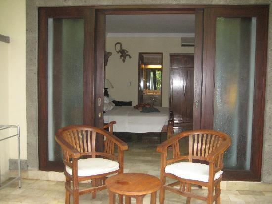 โรงแรมคูมาลาพันไท: The room