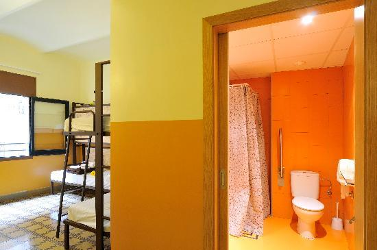 Equity Point Girona Hostel 사진