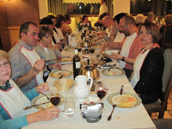 Les Soldanelles Hotel: Fondue followed by a disco to remember