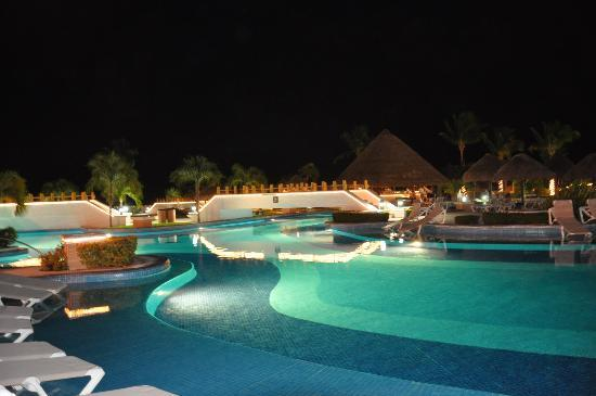 Moon Palace Cancun : Night shot of one of the pool areas.