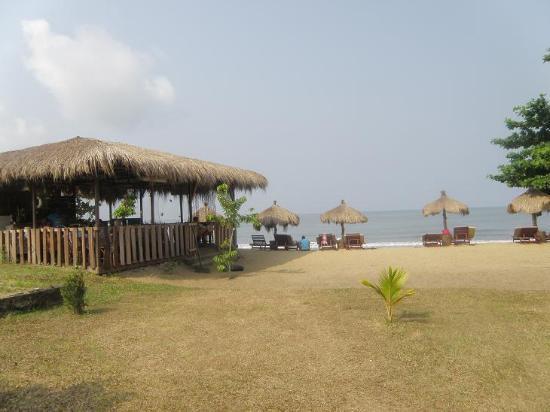 Hotel Costa Blanca: Quelle belle plage, le site est super