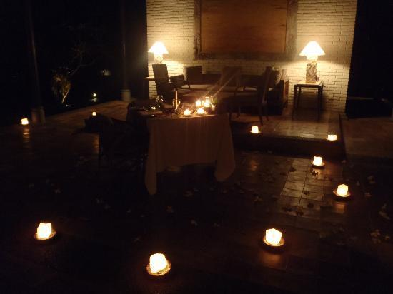 The Chedi Club Tanah Gajah, Ubud, Bali – a GHM hotel: Romantic Dinner