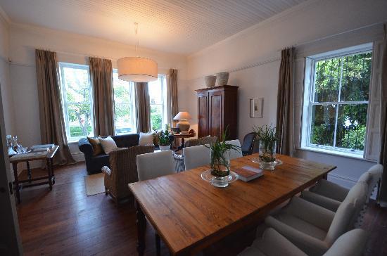 Middedorp Manor: salon