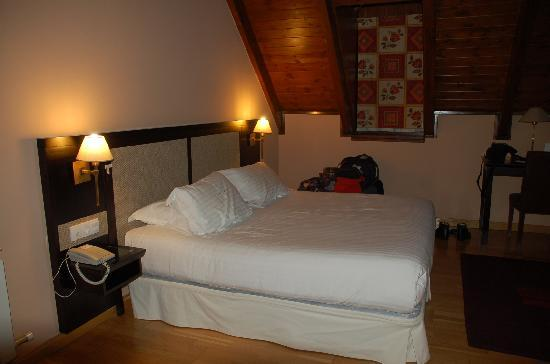 """Hotel Spa Acevi Val d'Aran: HABITACIÓN SUITE """"VIELHA"""""""