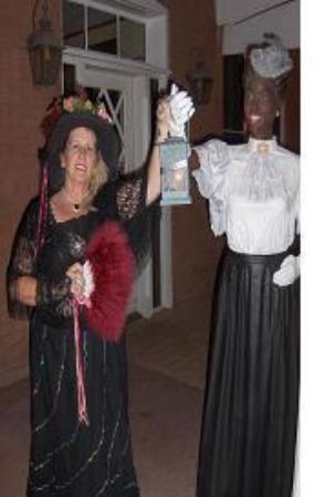 Wickenburg Legends and Ghost Tours: Madam Mariah