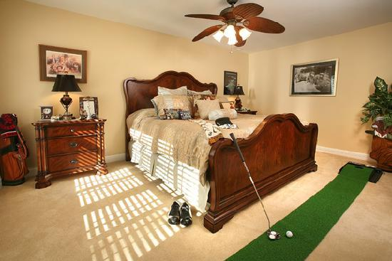 Bluegrass Country Estate: Turf Room