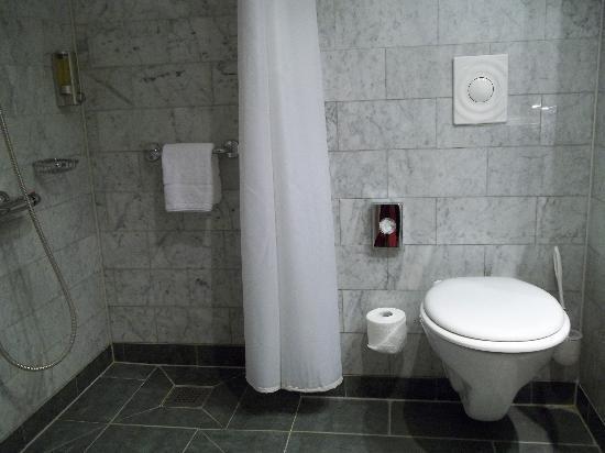 Baño Adaptado Para Silla De Ruedas:New! Find and book your ideal hotel on TripAdvisor — and get the