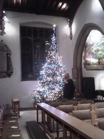 Челмсфорт, UK: Christmas Tree