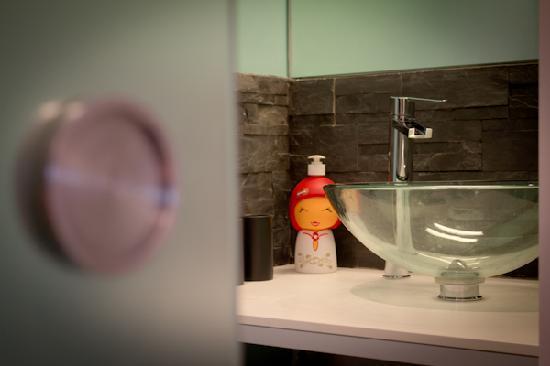 La Halte Bourgeoise : Une salle de bain + toilettes privés
