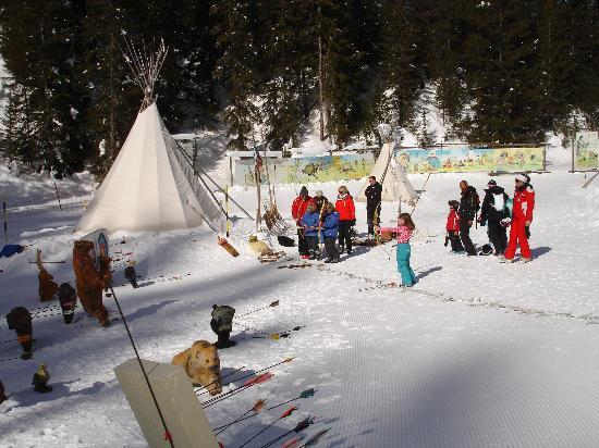 """Hotel Manali : On the """"piste des indiens"""" - a recreated Native American village - great fun for children!"""
