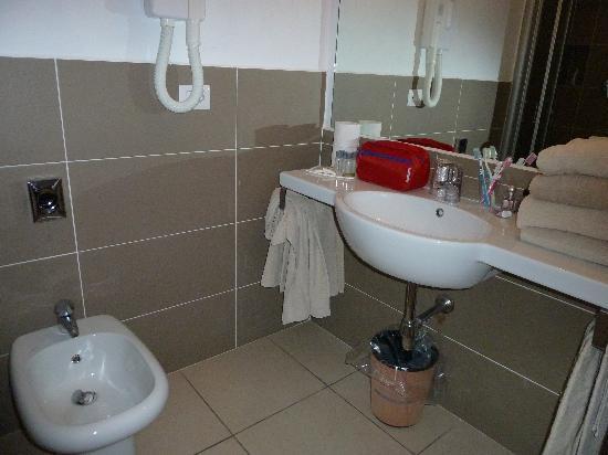 Hotel la Corte : lavabo