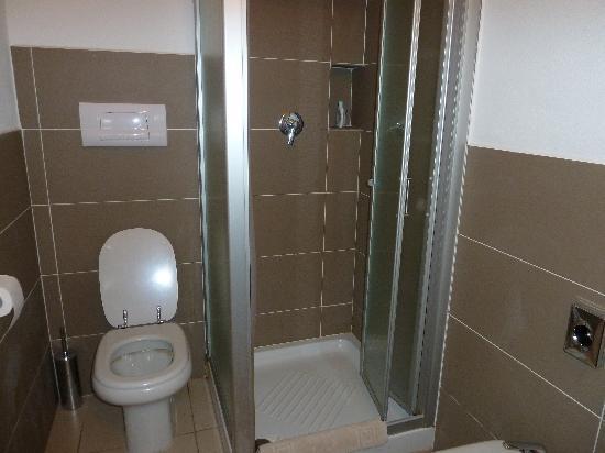Hotel la Corte : ducha
