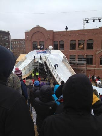 ‪‪Saint Paul‬, ‪Minnesota‬: Red Bull Ice Crash.‬