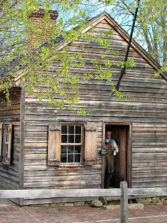 Old Salem Museums & Gardens: Old Salem Gun smith