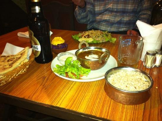 Green Organic Cafe and Farmers Bar: Butter chicken masala