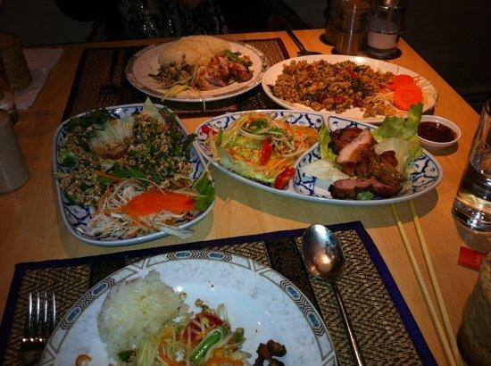 Thai Aroy Dee : authentic Thai street food