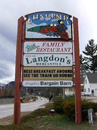 "Glen Junction: ""A Cute Train & Great Food Too!"""