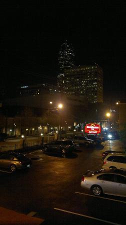 Residence Inn Houston by The Galleria: Parking lot