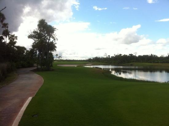 Moon Palace Cancun : golf course