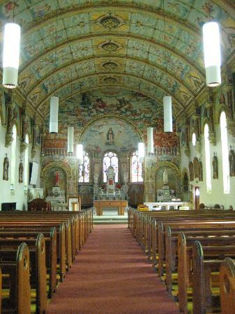 St Mary's Catholic Church: Inside