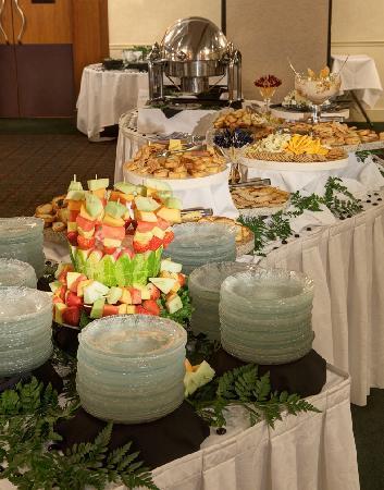 Radisson Hotel Milwaukee West : Banquet Reception