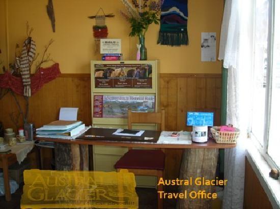 Austral Glacier Hostel: Austral Glacier Travel Agency