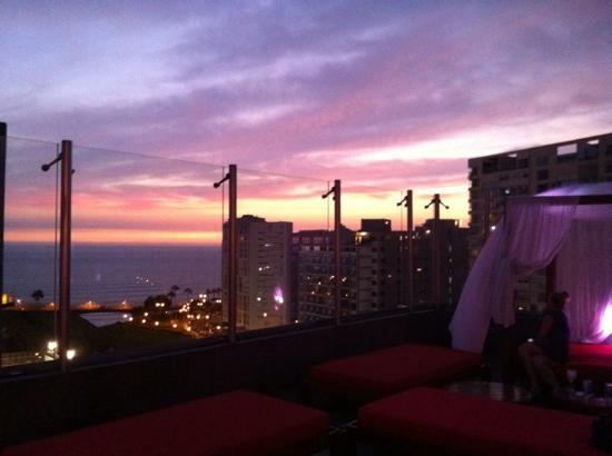 Radisson Hotel Decapolis Miraflores: rooftop bar plus view