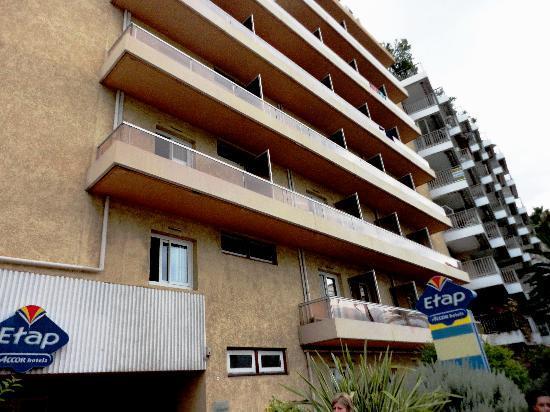 Ibis Budget Menton: The hotel